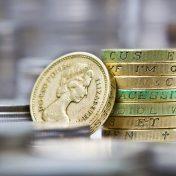 Политический фактор больше не поддержит фунт