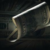 Коматозное состояние доллара может продолжиться и далее
